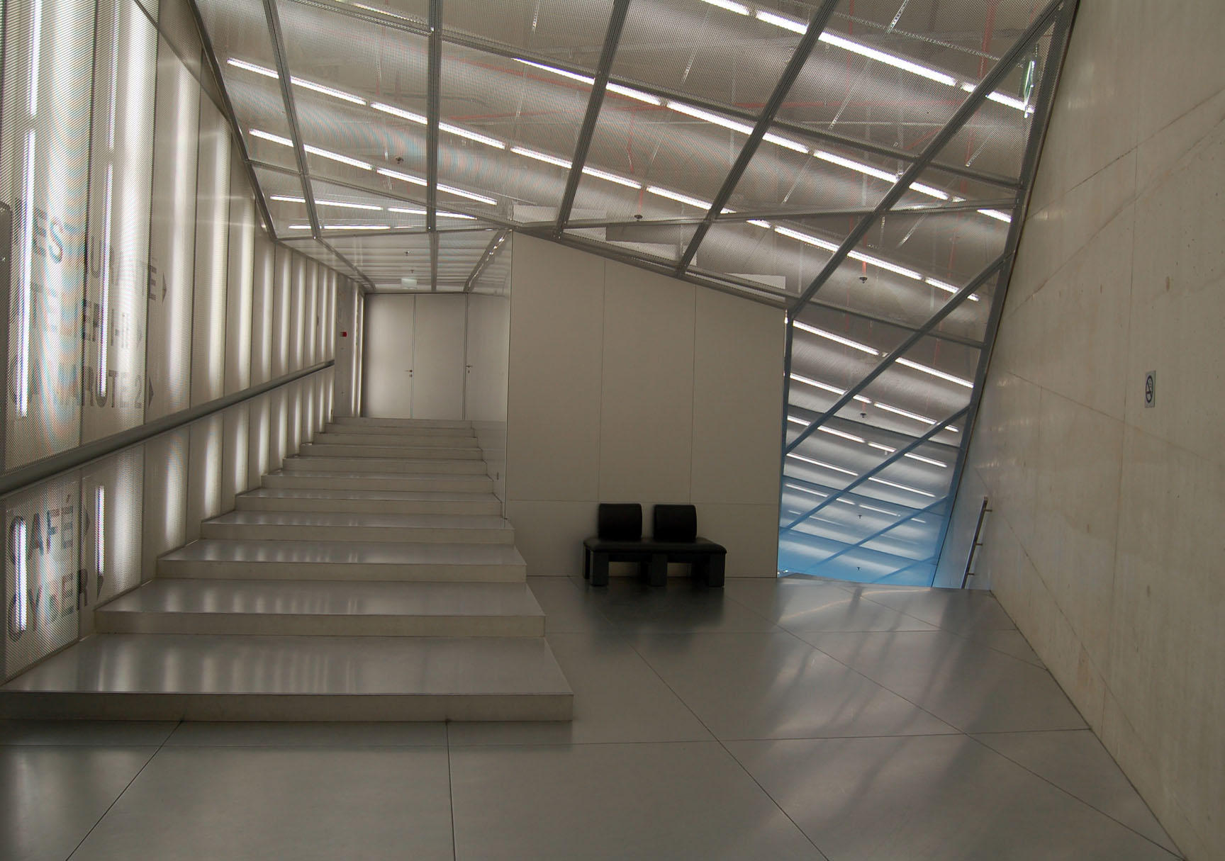 Casa da musica by 2views1photography on deviantart for Interior pictures