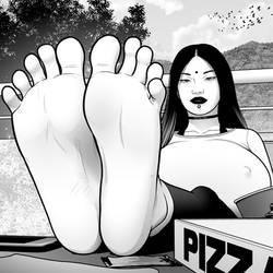 Alisha - Candid Feet