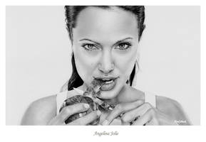 Angelina Jolie's Apple by AndyBuck