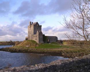 Old castle ruins in Ireland by gunnerf