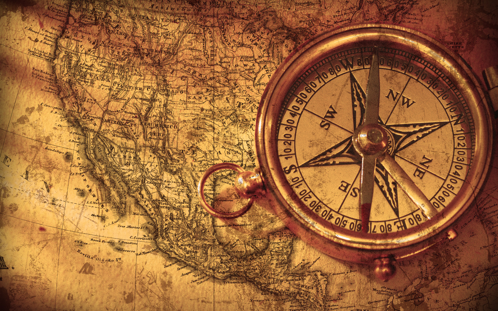 Vintage Compass by hourglassthorne
