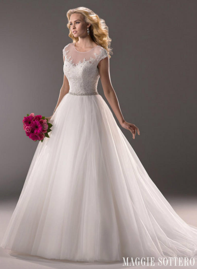 Фото свадебных шикарных платьев не пышных