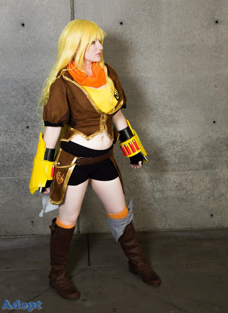 Yellow by MeahowCosplay