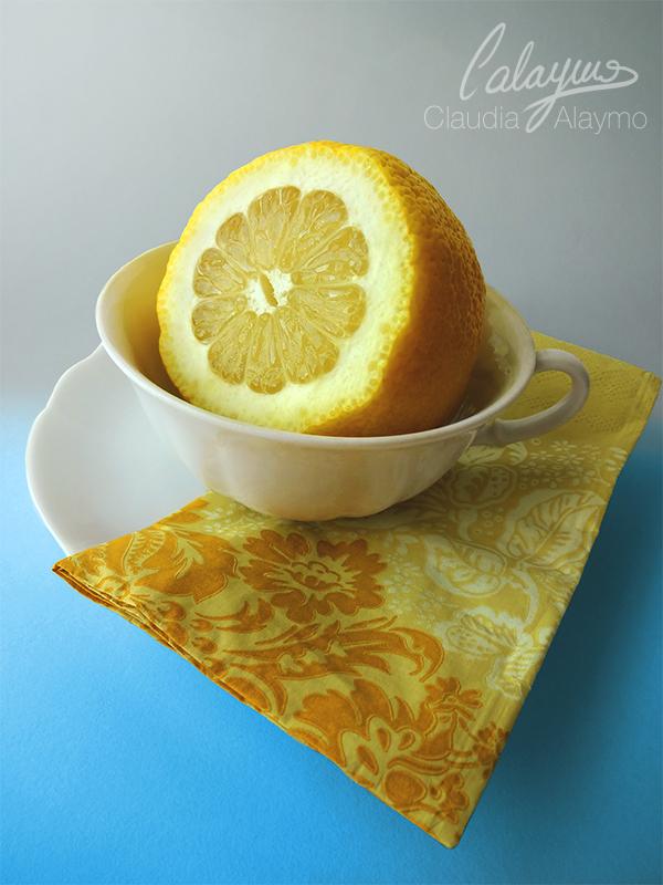 Lemon on cup by Calaymo