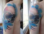 tattoo Skull and flowers
