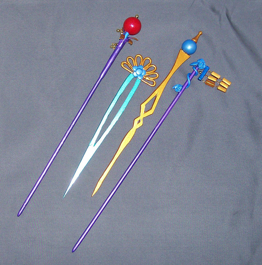 FFX Lulu's Hair Sticks by MayuriMoon