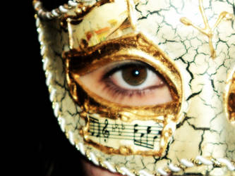 Hidden behind a mask... by yurei-pressure