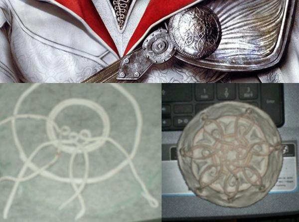 Ezio pauldron brooch-thingy by LadyBad