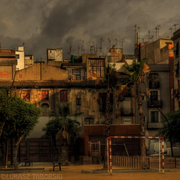 silence of the city by photo-earth