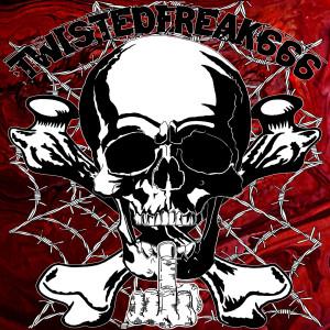 TWISTEDFREAK666's Profile Picture
