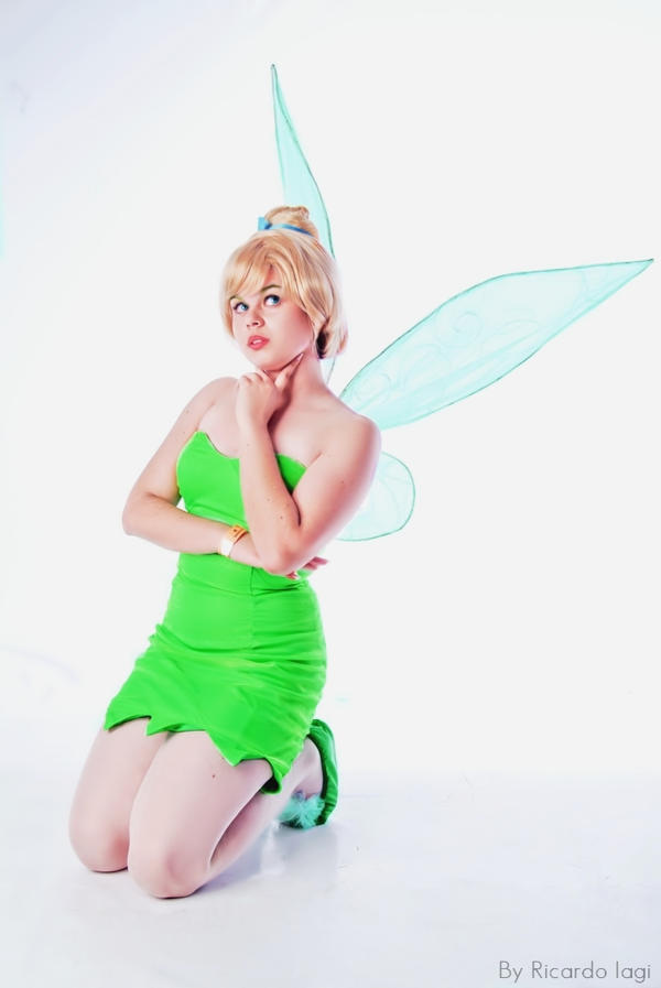 Tinkerbell Cosplay by NeeYumi