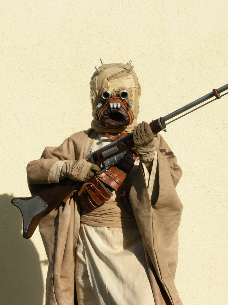 Tusken Raider by bloodredsandman