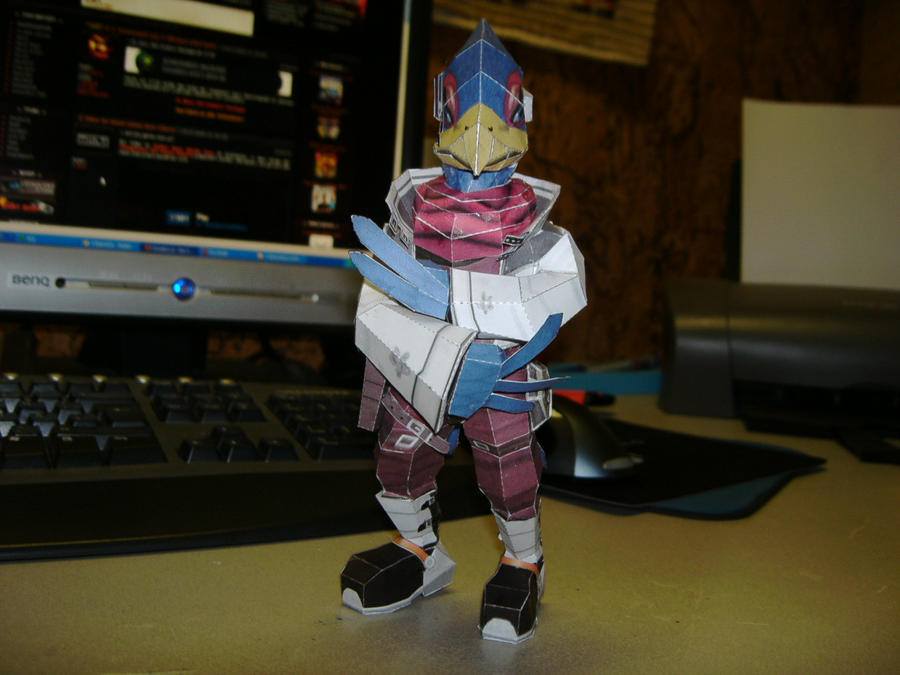 Papercraft Falco SSBB by Esteban1988