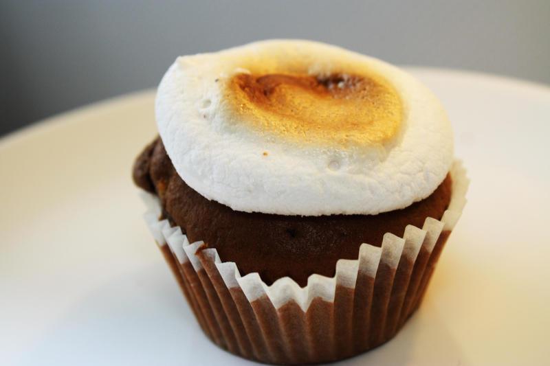 marshmallow muffin by Smitsi
