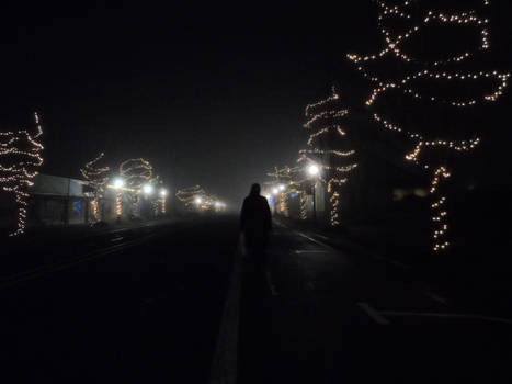 foggy night in Creswell