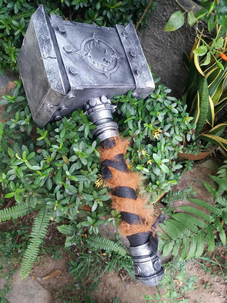 War Hammer by pagawanaman