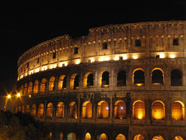 Colosseum at Night by kamuidestiny