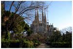 Sagrada Familia by kamuidestiny