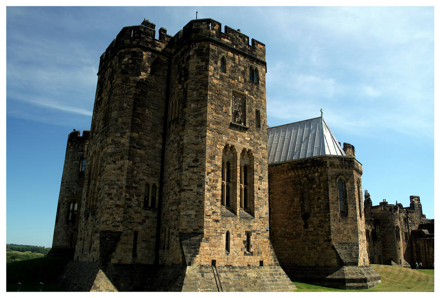 Alnwick Castle by kamuidestiny