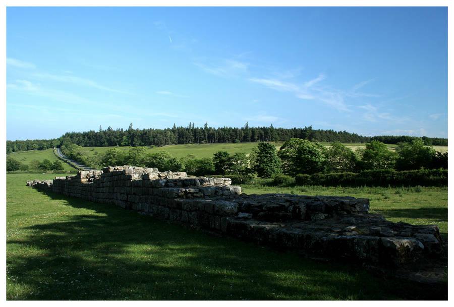 Hadrian's Wall by kamuidestiny