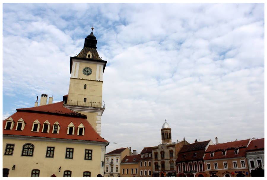 Brasov Town Square by kamuidestiny