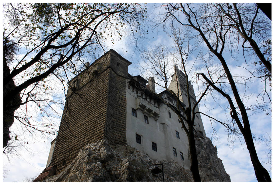 Bran Castle by kamuidestiny