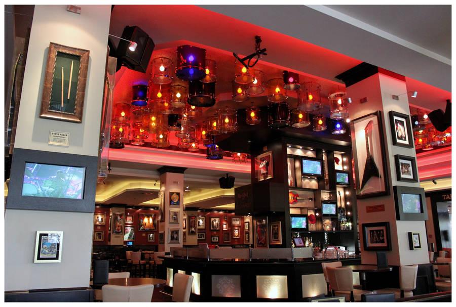 Hard Rock Cafe Bucharest by kamuidestiny