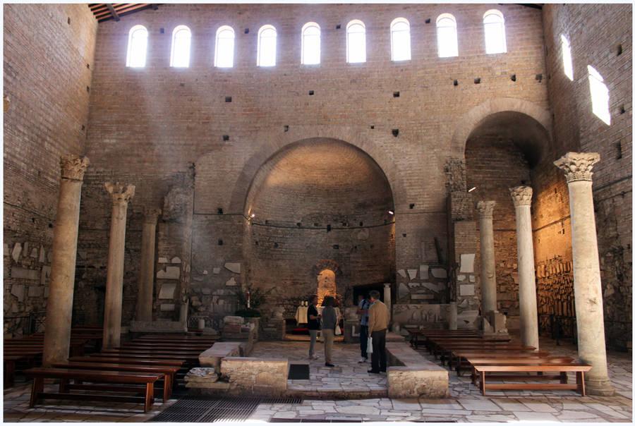 Domitilla Catacombs by kamuidestiny
