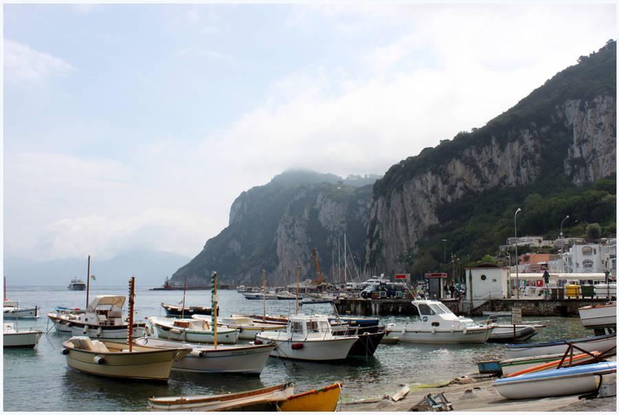 A Caprisian Harbor by kamuidestiny