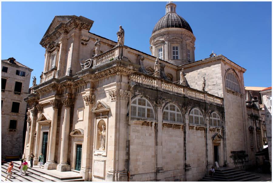 Dubrovnik Church by kamuidestiny