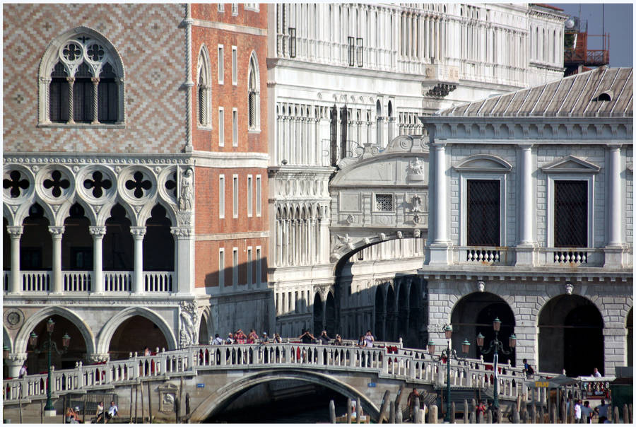 Bridge of Sighs and Doge's Palace by kamuidestiny