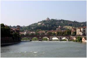 Verona by kamuidestiny