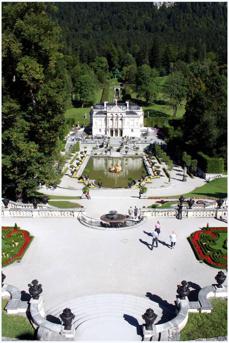 Linderhof Garden by kamuidestiny