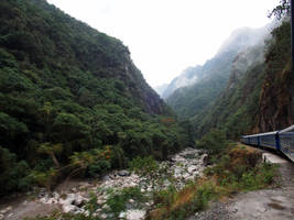 Machu Picchu Train by kamuidestiny