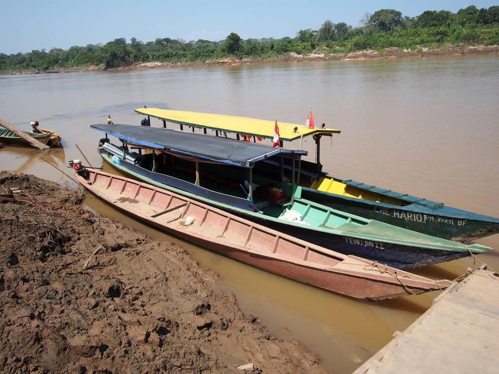 Amazon boats by kamuidestiny