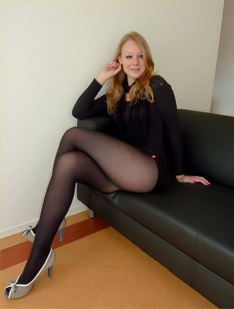 Wearing Hot Pantyhose Black 60