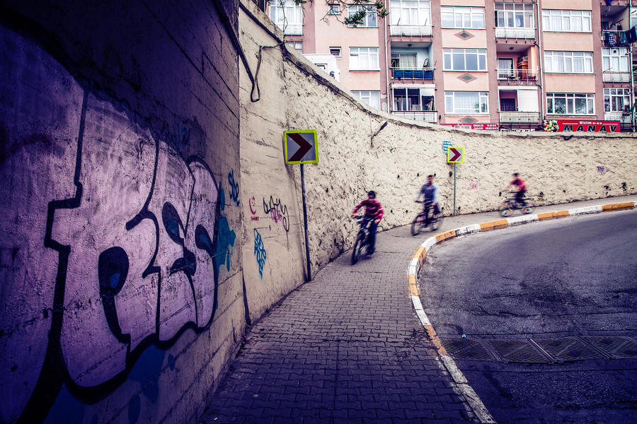 cyclist kids by Masisus