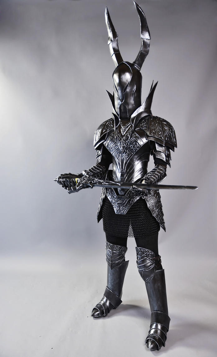 dark souls black knight cosplay 2 by silvericedragon1 on