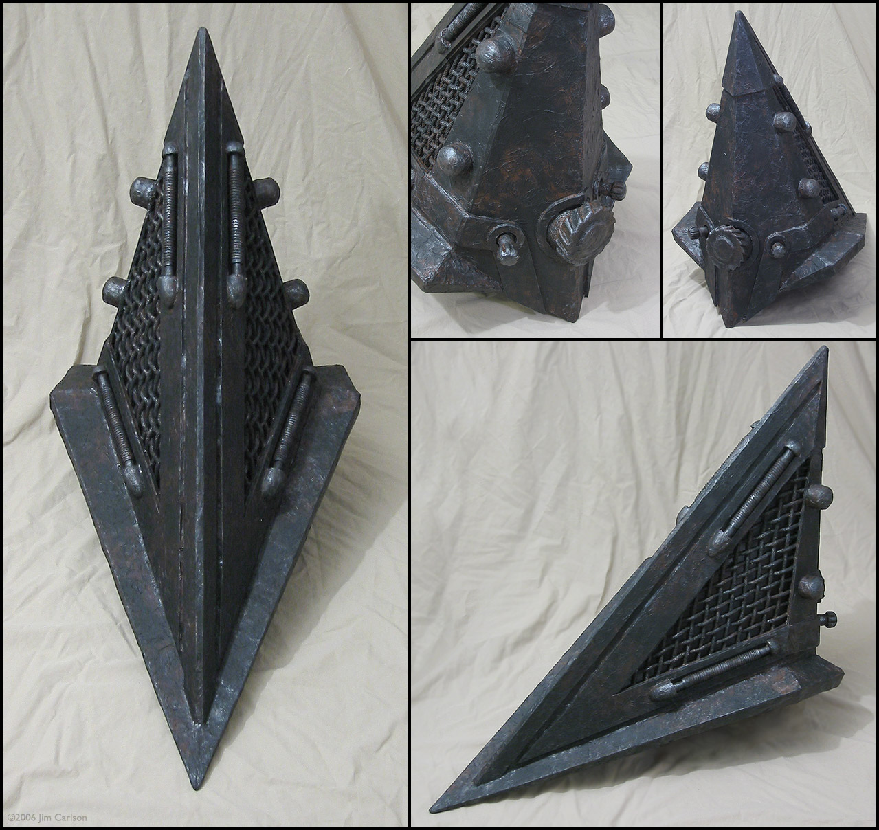 Pyramid Head helmet detail