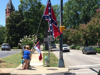 Protesters at confederate  monument in support