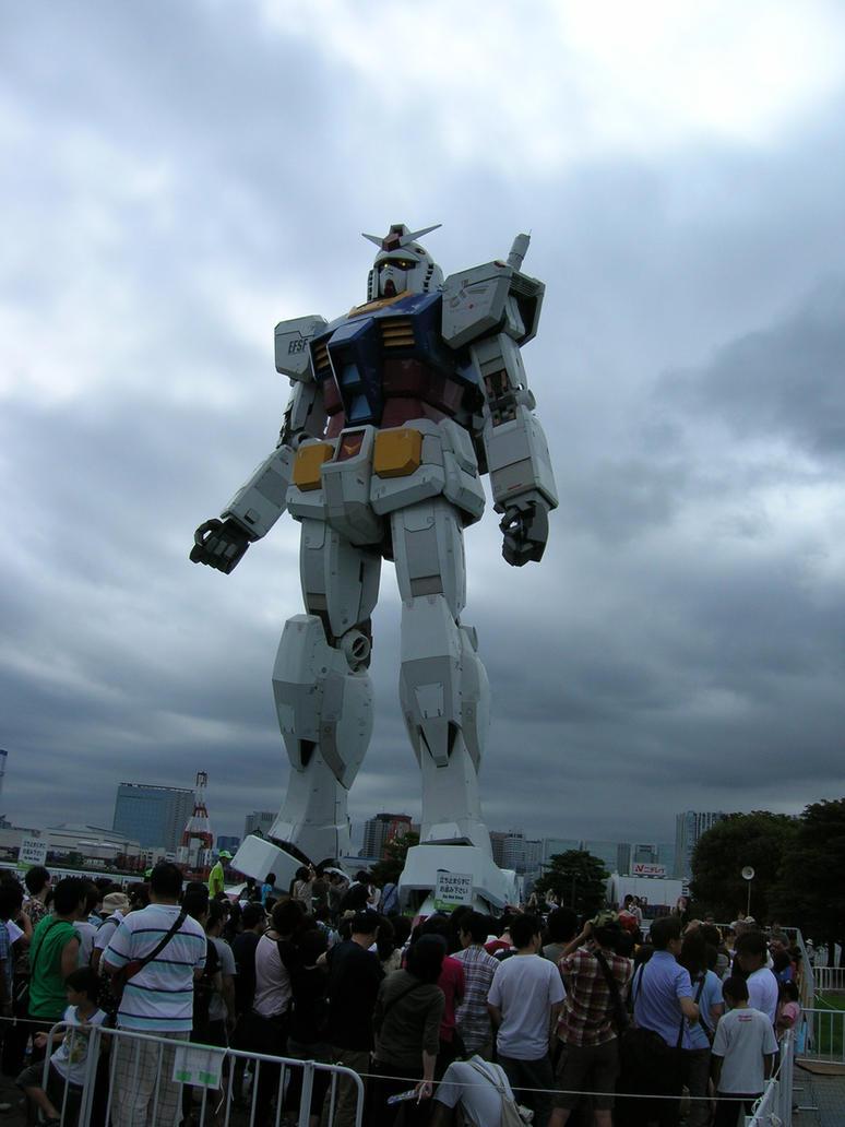 Giant Gundam by Bow-