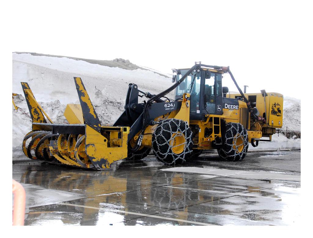snow removal machine