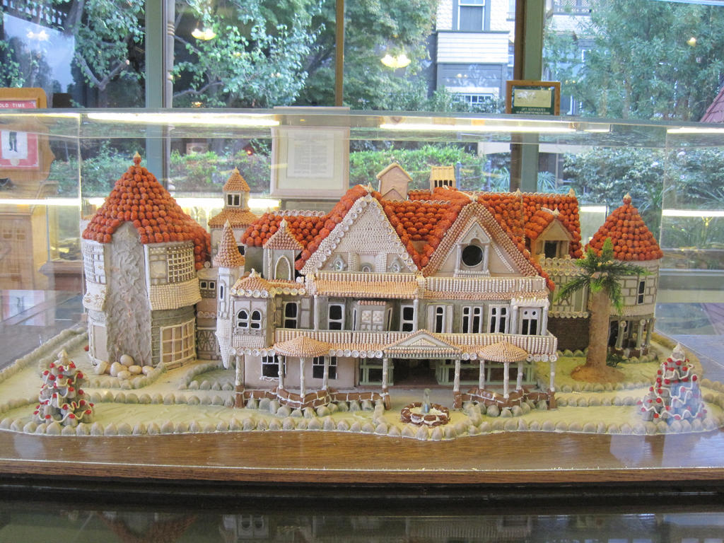 gingerbread mystery house by taokyuubimon on deviantart
