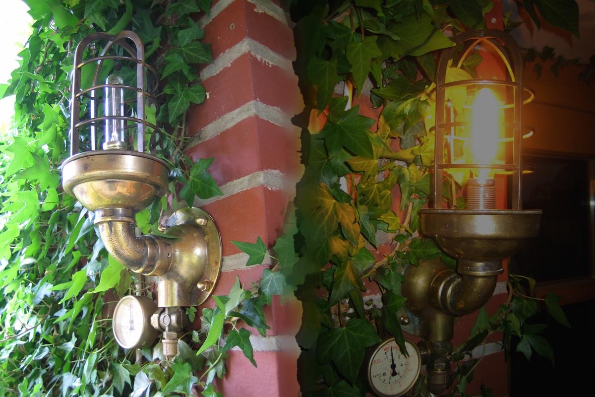 The Skycaptain's lamp by Vanyanie
