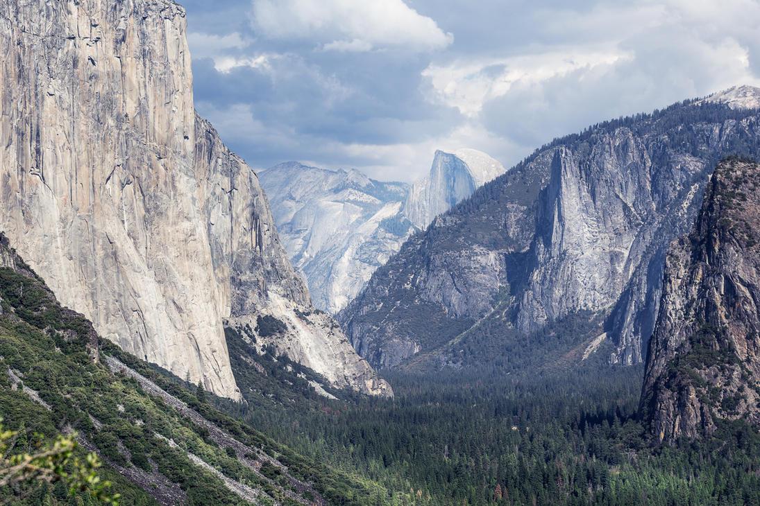 Yosemite by vladimirkudinov