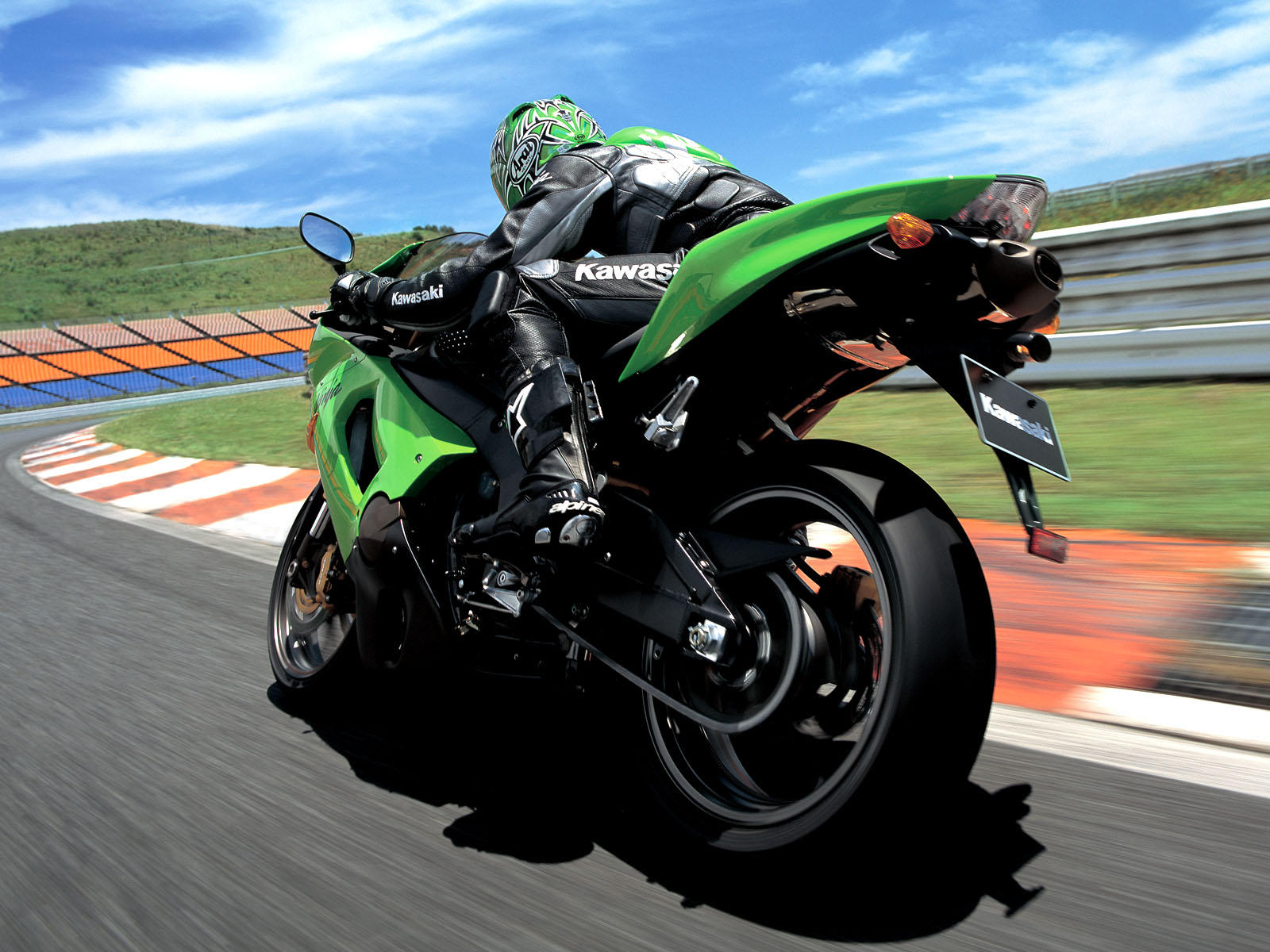 Kawasaki Ninja Racing Games