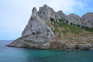 Small island of Calanques of Marseille and ruins by A1Z2E3R
