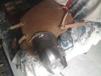 late XIV century knee armor/cuisse by HitoCosplay