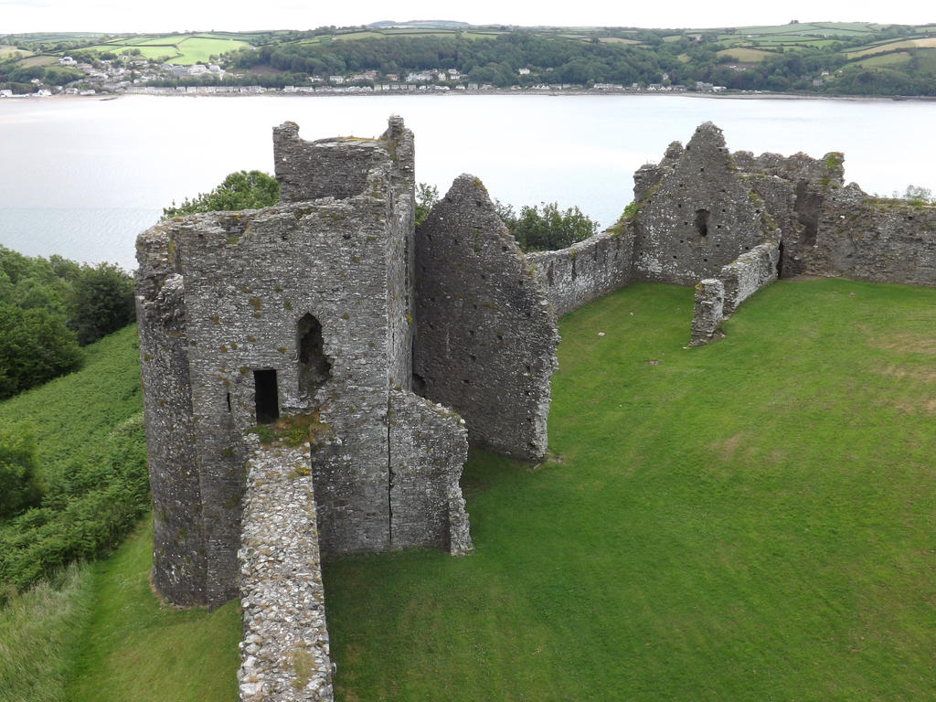 a castle overlooking an estuary by nonyeB