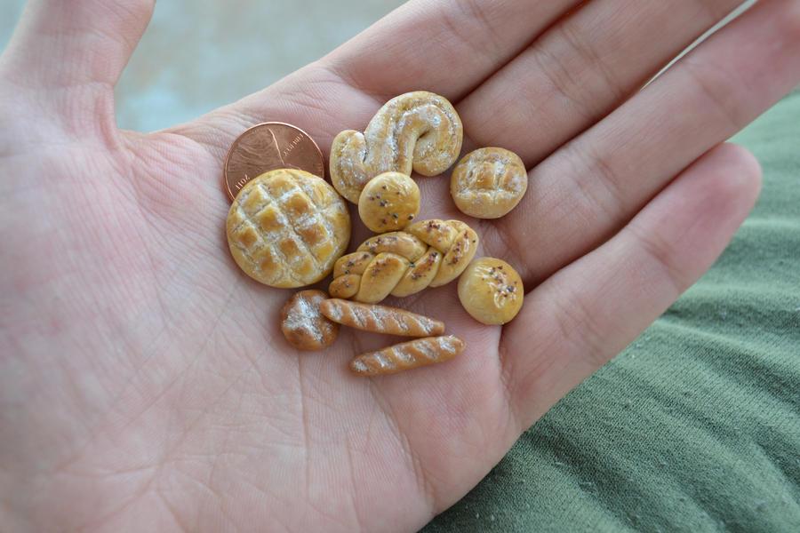 Assorted Breads 1:12 Scale by abohemianbazaar